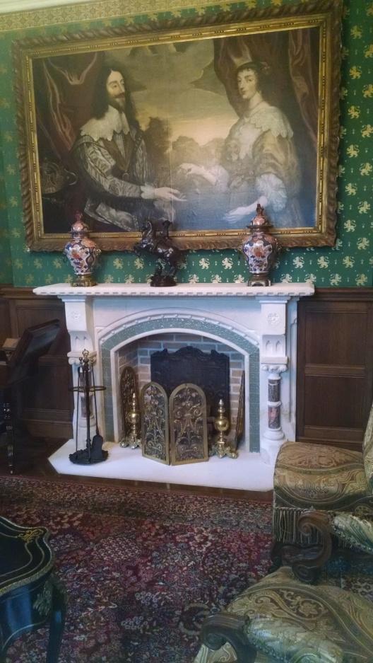iLes modes au temps de la Reine Victoria au Château d'Hardelot